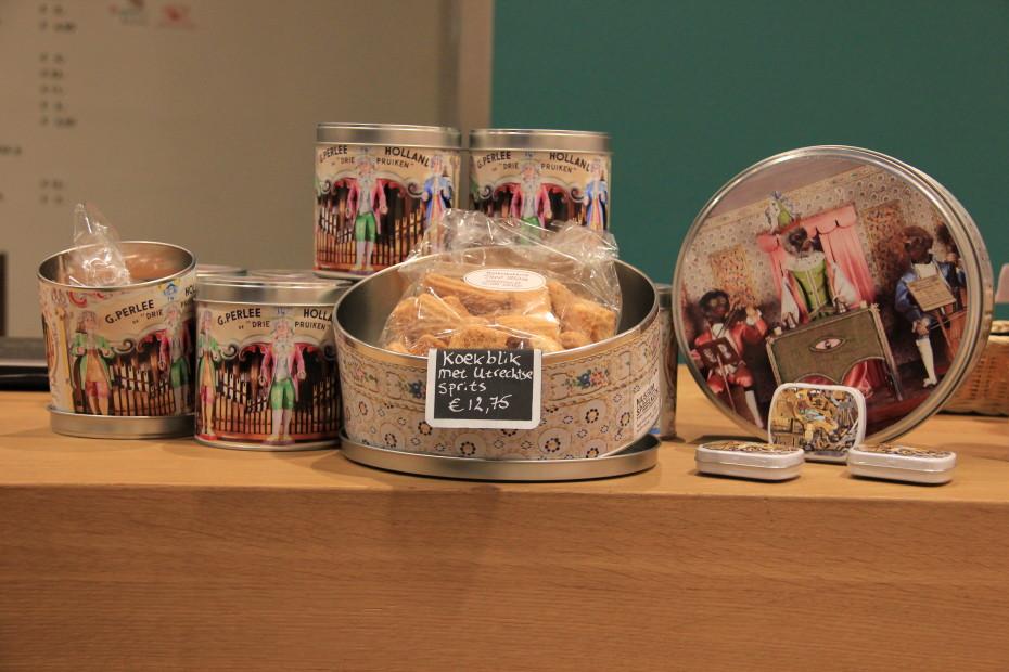Lekkere koeken zijn er ook te koop in de museumwinkel