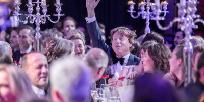 utrecht-diner-2016-in-museum-speelklok-tijdens-de-veiling-werd-er-flink-geboden