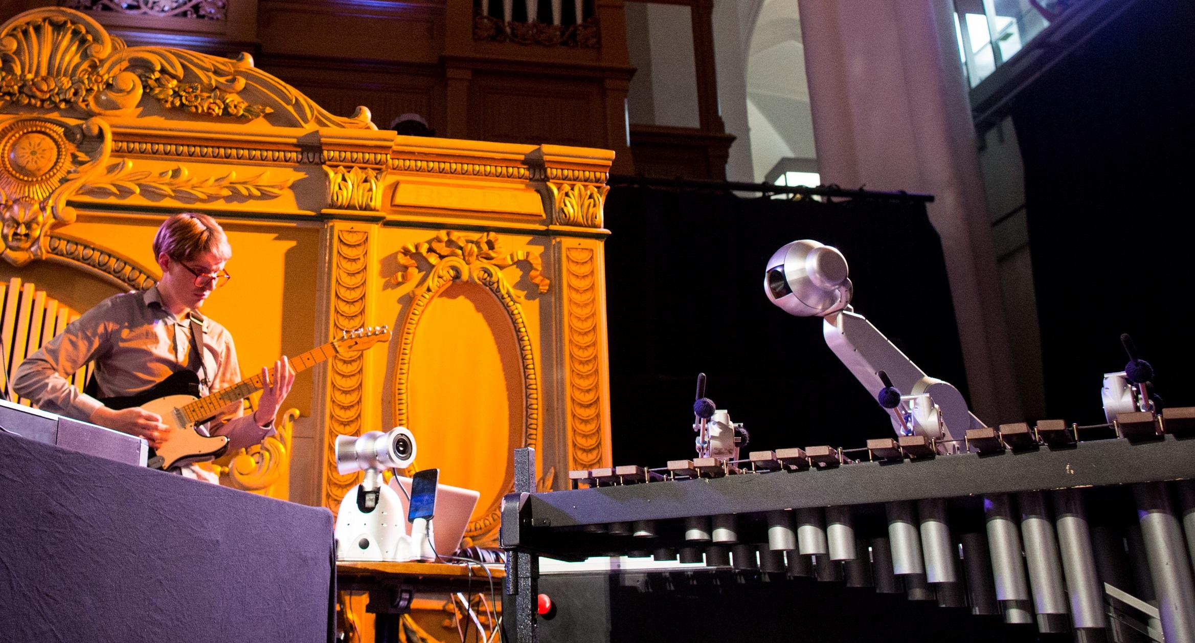 Randprogrammering Robots love Music